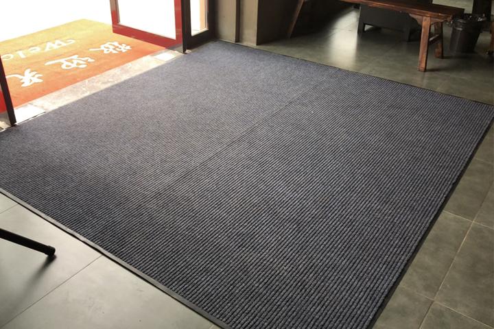 条纹毯除尘地垫.jpg