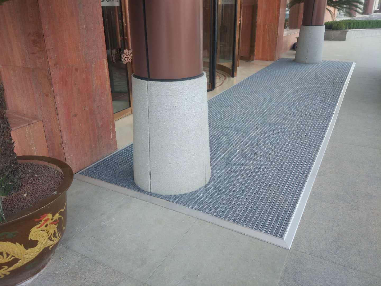 铝合金钢丝绳链接地垫